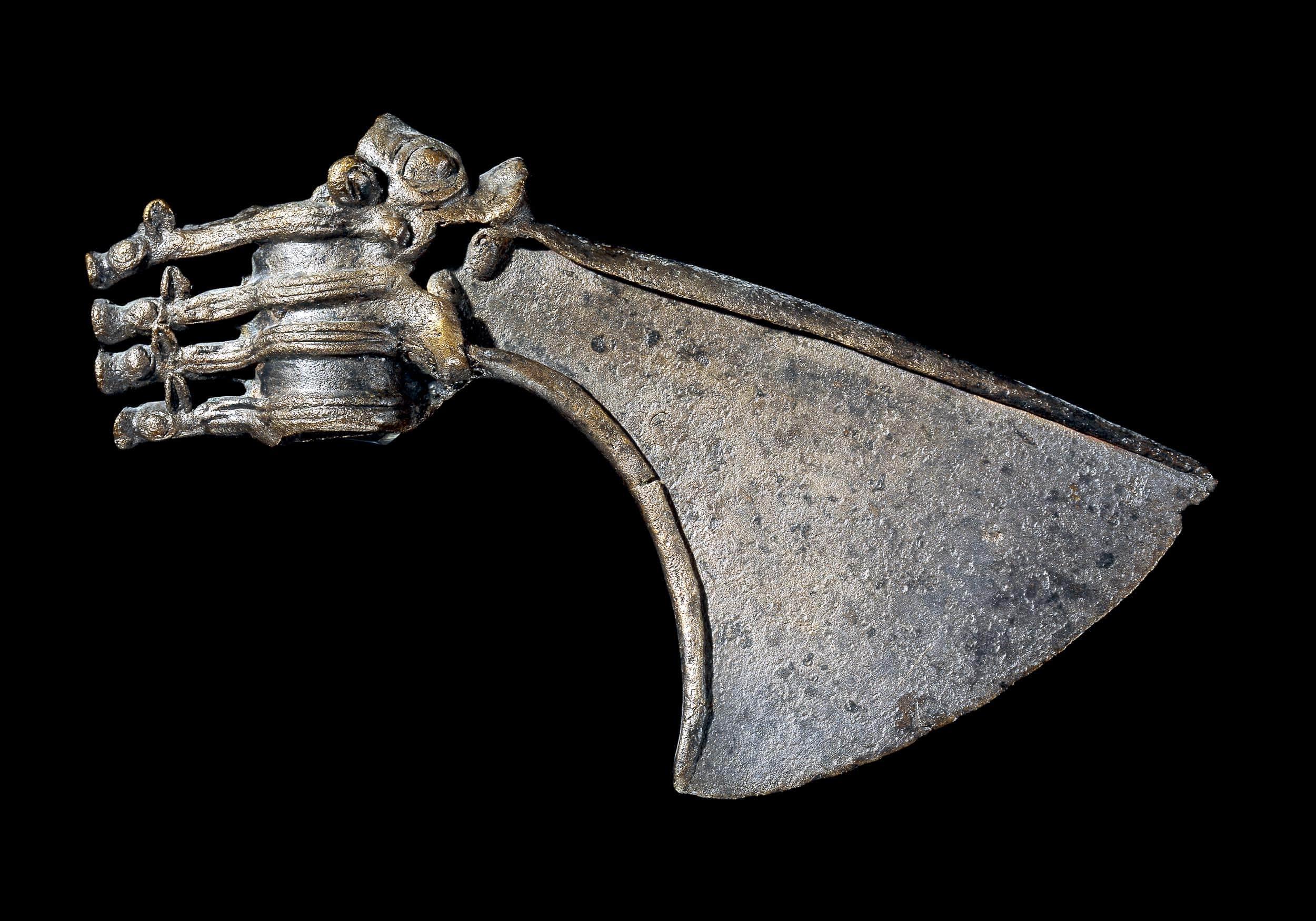 Koperen bijlkop (1000-500 v.Chr.) gevonden in Iran