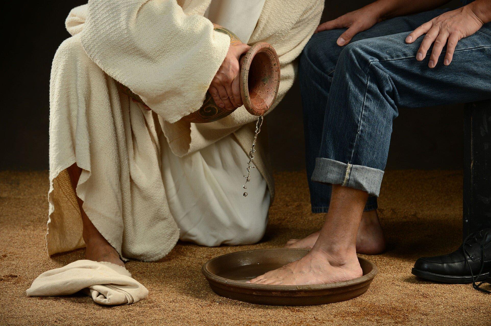 Het wassen van de voeten